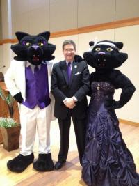 President Ruud and mascots